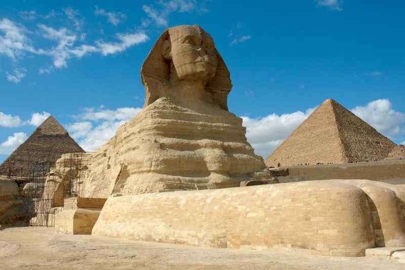 Excursion  tour to Giza Pyramids